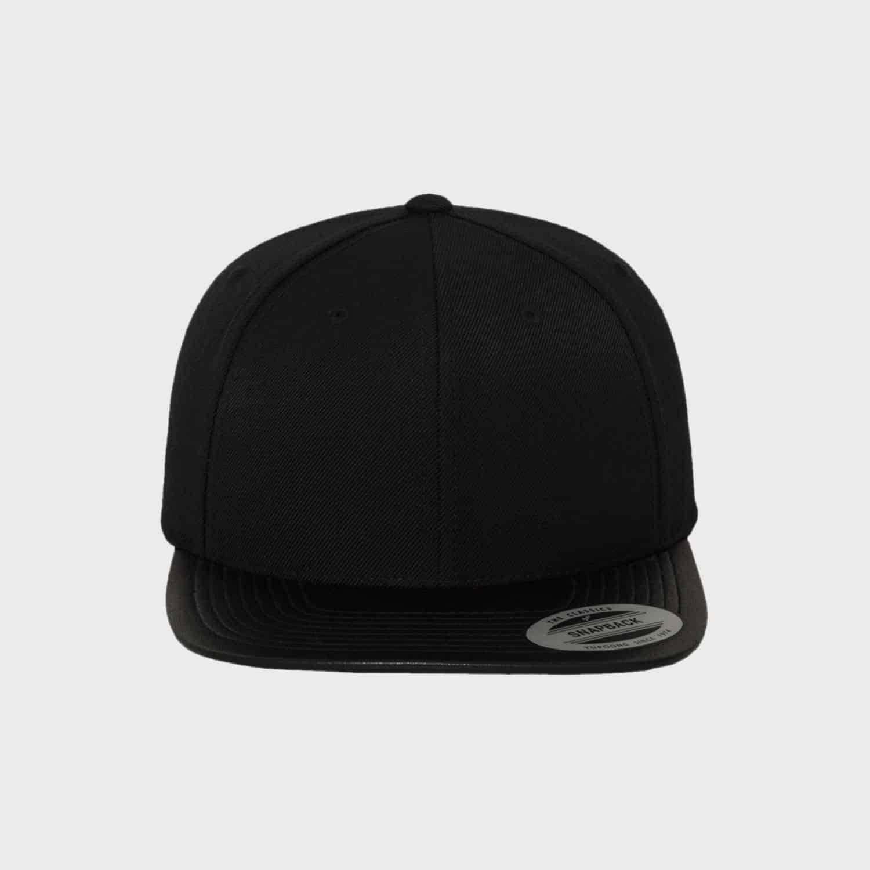 flexfit leather snapback cap besticken lassen stickmanufaktur. Black Bedroom Furniture Sets. Home Design Ideas