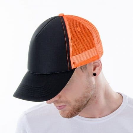 MYRTLE BEACH Retro Mesh Cap Model down